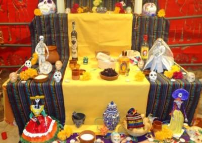 Asociacion-Cuahtemoc-Altar-2012-Montaje-y-Apertura-12