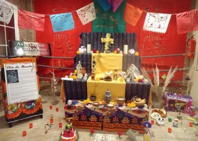 Asociacion-Cuahtemoc-Altar-2012-Montaje-y-Apertura-21