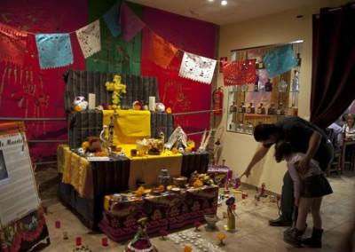Asociacion-Cuahtemoc-Altar-2012-Montaje-y-Apertura-28