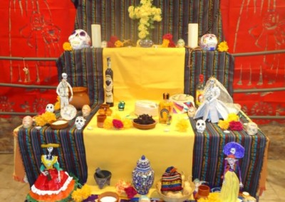 Asociacion-Cuahtemoc-Altar-2012-Montaje-y-Apertura-9