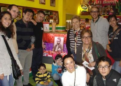 Asociacion-Cuahtemoc-Emiliano-Zapata-Mini-Altar-2012-Grupo_800x533