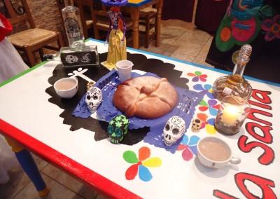 Asociacion-Cuahtemoc-Grabacion-programa-Altar-de-Muertos-2012-25