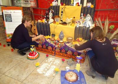 Asociacion-Cuahtemoc-Grabacion-programa-Altar-de-Muertos-2012-3