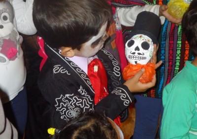Asociacion-Cuahtemoc-Inauguracion-Altar-de-Muertos-2012-38