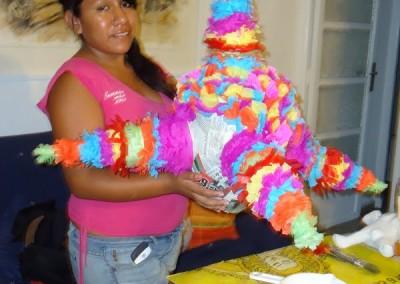Asociacion-Cuahtemoc-Taller-de-Piñatas-2012-18