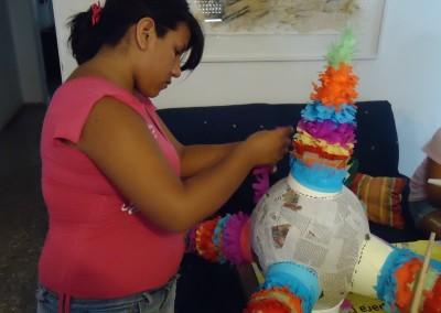 Asociacion-Cuahtemoc-Taller-de-Piñatas-2012-9
